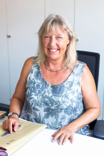 Heidi Rosner, Notarfachangestellte